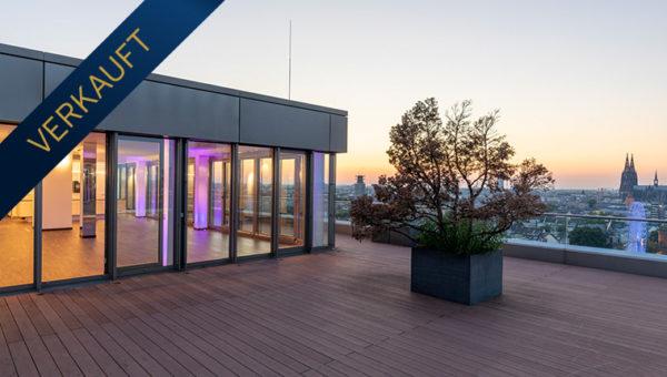 Spektakuläres Penthouse im Kranhaus 3 mit Blick auf Dom, Schäl Sick & Rhein, Dachterrasse 205m²