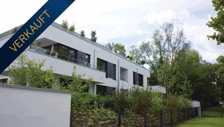 Exklusive Terrassenwohnung in direkter Rheinlage mit Garten